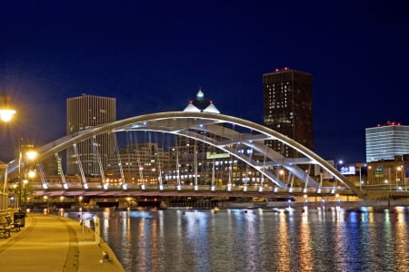 Frederick Douglass -Susan B Anthony Bridge